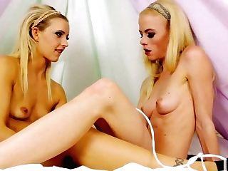 Two Naked Princesses