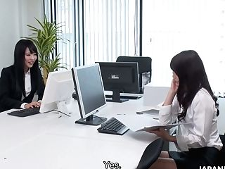 Japanese Office Girl/girl Megumi Shino Loves Nothing But Good Pussy Eating