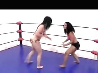 Femwrestle Hip Jiggle