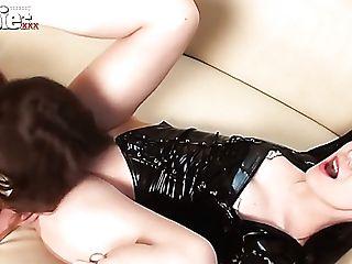 Wild Lesbo In Spandex Corset Sarah Dark Wanna Eat And Masturbate Raw Labia