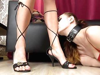 Girl-on-girl Feet